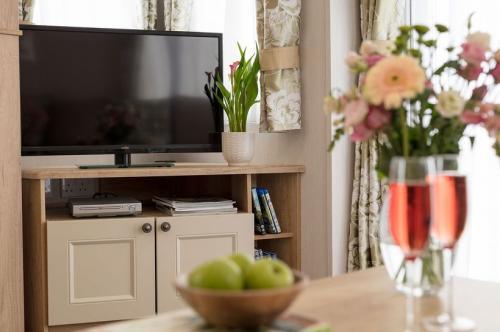 burgundy-tv-stand