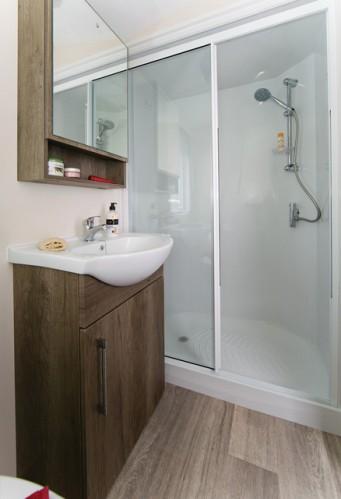 maple shower